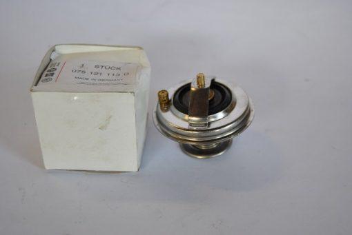Thermostaat voor diverse VW modellen, art.nr. 075121113D