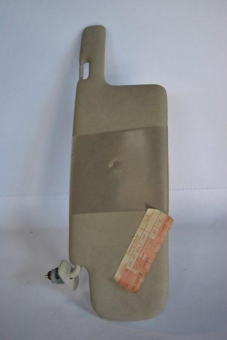 Zonneklep zonder spiegel beige grijs voor Audi 80/90/Avant (1990-1994) art.nr. 893857551D 5UF