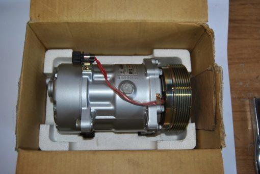 Aircocompressor met elektromagnetische koppeling art.nr. 357820803J VW Corrado (89-95) Passat (92-93)