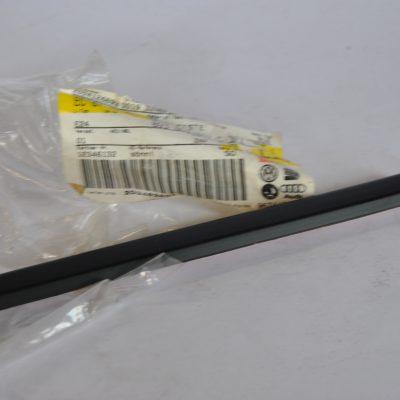 Beschermlijst voor spatscherm satijnzwart voor o.a. Audi 80/90/Avant art.nr. 893853507C 3FZ